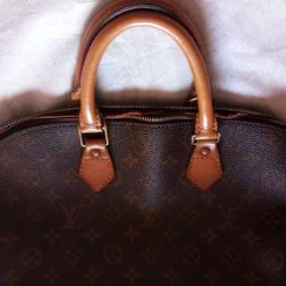 Lv alma guarAnteed authentic