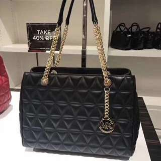Michael Kors Scarlett Large Quilted Tote Bag