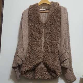 韓系 毛毛咖啡色 飛鼠袖 連帽造型外套