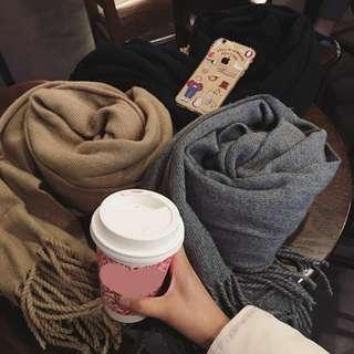 柔軟舒服純色保暖圍巾(現貨)復古百搭加厚保暖圍巾 流蘇圍巾 裝飾休閒披肩兩用圍巾 毛衣 大衣 外套 針織上衣 圍脖披巾