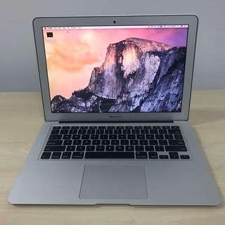 "i7 MacBook Air 13"" NEW BATTERY 256gb SSD"