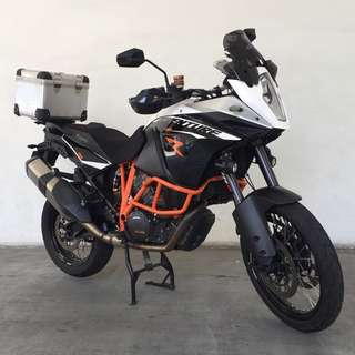 KTM 1190 Adventure R with fully servicing record by Agent with receipts. Bike Registered On 23/09/2013