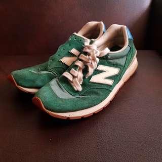 Sepatu New Balance 996 size 10 US