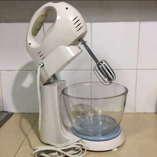 3d stand/hand mixer complete wid box