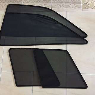 Customized magnetic sunshades for camry