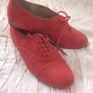 New Witchery Red Suede Lace Up Shoes Brogues