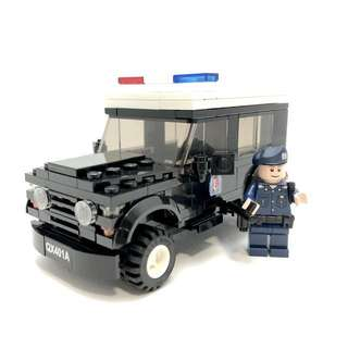 Police Land Rover Defender 401