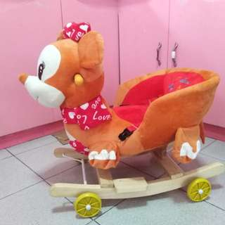 Rocking toy deer with wheels (selling)