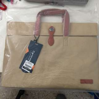 Laptop carry bag 15.6""