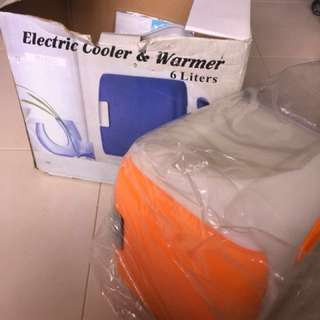 Electric cooler and warmer 6litres