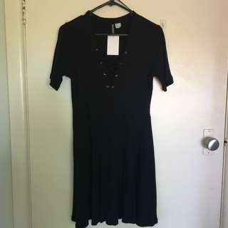 H&M Ribbed Lace Up Dress