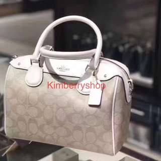 Authentic Coach women Handbag 👜 Tote