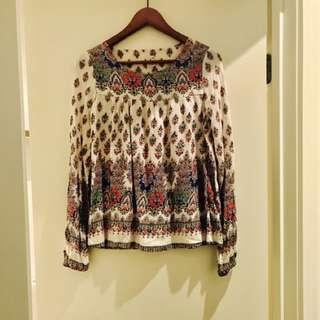 Long sleeve boho top 🌸