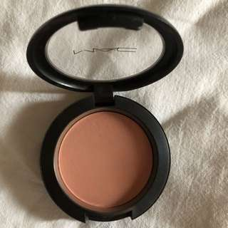 MAC Blush in Melba