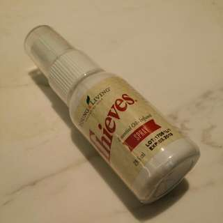 Young Living - Thieves Spray