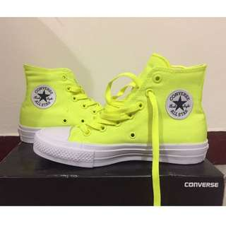 Converse 全新帆布鞋