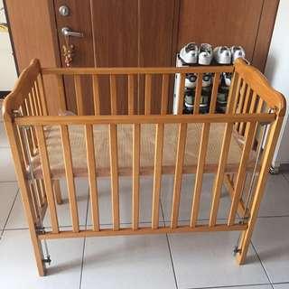 木質兩用嬰兒床