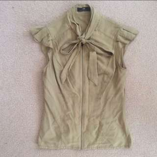 Cue Olive Shirt With Zip & Bow - Size 8