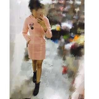 (全新)數字1986造型雙邊口袋淡粉紅色長袖帽T長版上衣/長版洋裝/素T/素棉質T/大學棉T/大學T/可以單穿