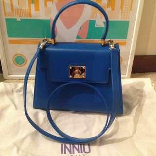 INNIU brand new blue color handbag with strap 全新藍色真皮手袋附肩帶