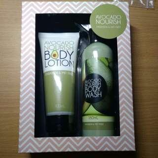 Christmas gift set: avocado body lotion and body wash