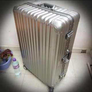 英國大牌 36吋DUNLOP 大鋁合金框旅行箱 硬箱 留學旅遊必備 十分堅固 8-9成新