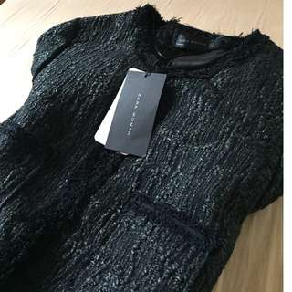 Zara Women ( M)  Black tweed jacket like Chanel Classic Style Zara STRUCTURED WOVEN JACKET WITH POCKETS