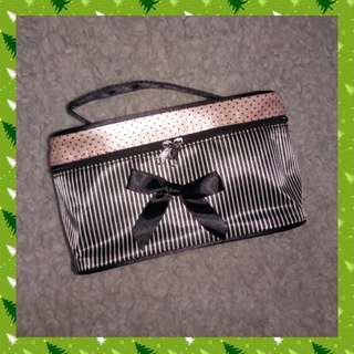 Makeup Travel Pouch Bow