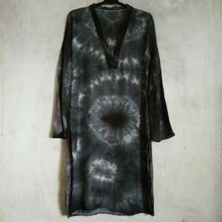 Batik Long Top