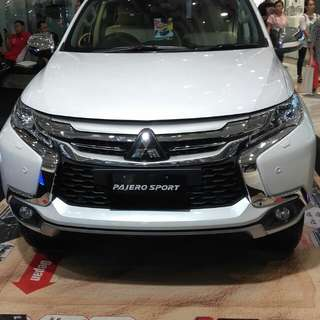 Ready unit Pajero Sport Dakar Ultimate...Discount nego sampai jadi Bos ku