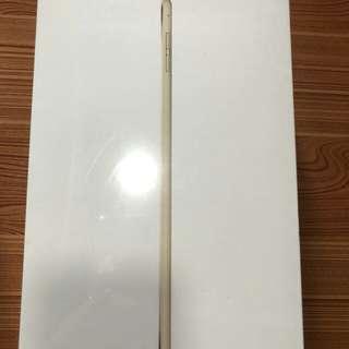 全新 未開 Ipad mini 4 128gb Wi-Fi+Cellular