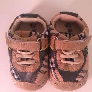 Sepatu Bayi / Baby Shoes Burberry