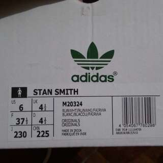 Adidas Stan Smith Women with Free Socks