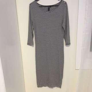 Size M cotton on Stretch dress