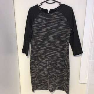 Size 8 French Connection dress