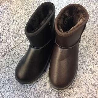 皮面防水短雪靴🎄🎄鞋底防滑 大推👉👉👉保暖好穿 🌸🌸🌸2色 36.37.38.39.40 😱😱$390