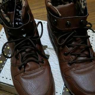 鉚釘豹紋高筒鞋 尺寸 24.5cm