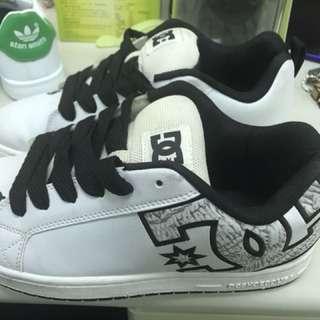 Dc 板鞋