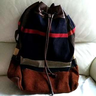 Burberry backpack( No bargain!!! 😎😎)