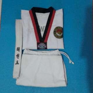 Dobok Taekwondo