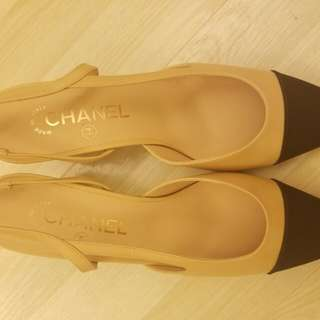 Chanel two tones sling back 2017