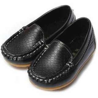 Sepatu Mocasin Kulit Anak Kece