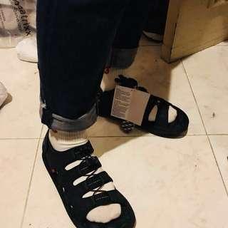 New!潮著 澳洲AirMatrixx 涼鞋