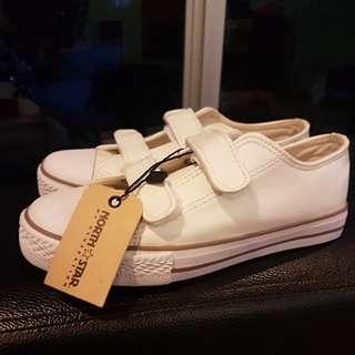 North Star white school shoe