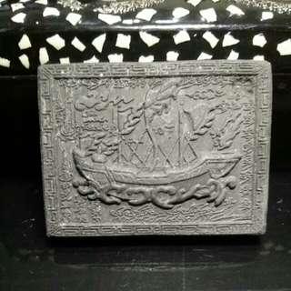 Kruba Krissana Sampao Amulet (一帆風順)