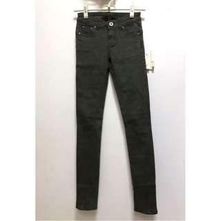 墨綠窄管褲