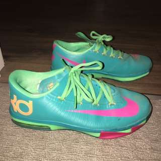 Size 7 Basketball Shoes