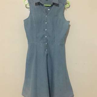 Pre-loved authentic UNIQLO Denim/Maong flowy Dress (S-M)