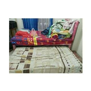 Single Bed atas bawah
