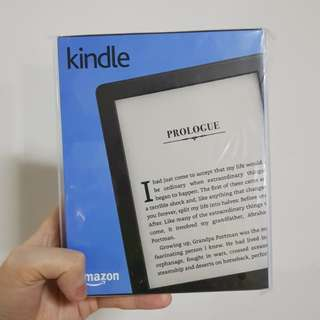 BNIB Latest Kindle (8th edition)